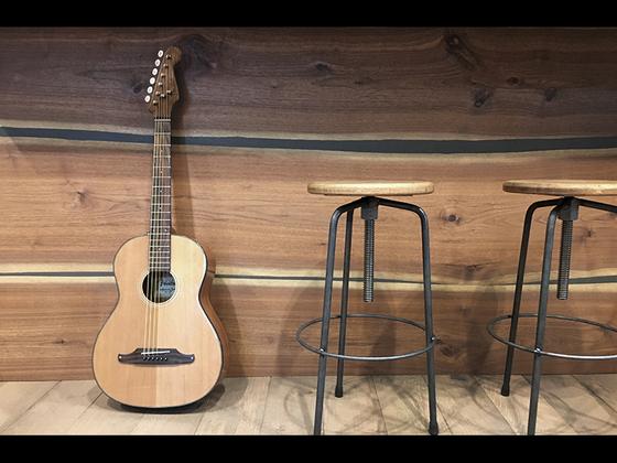 【Fender/SONORAN MINI】ストラト・スモールヘッドを採用したミニ・アコースティック・ギター登場!